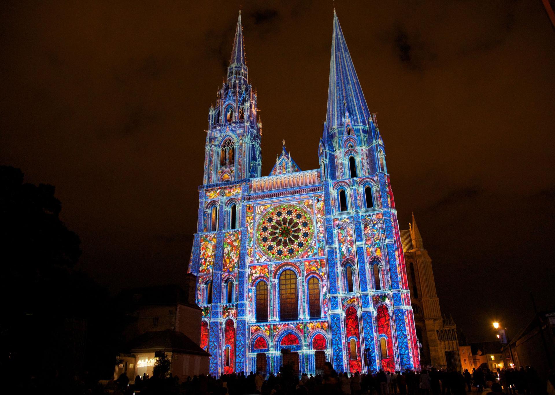 """NOUVEAUTE 2019: """"Chartres en Lumières enchanté """""""