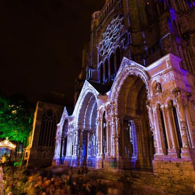 Portail nord de la cathedrale credits scenographie spectaculaires les allumeurs d images photo a lombard